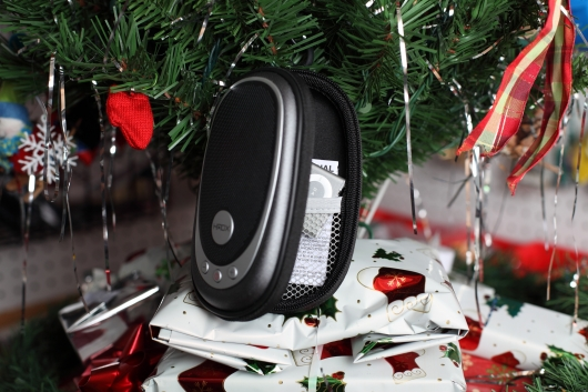 Cheap amplified speaker and iPod Shuffle